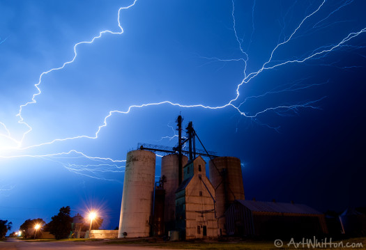Lightning in Chester NE by Art Whitton