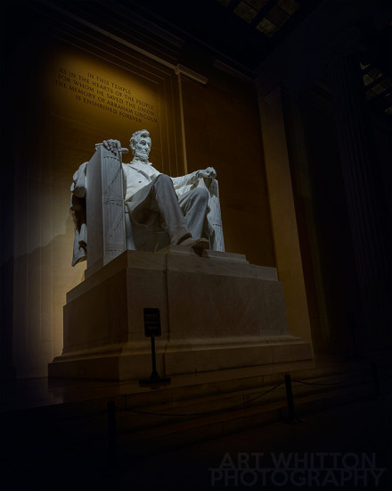 Lincoln-Memorial-at-Night-1000-sig