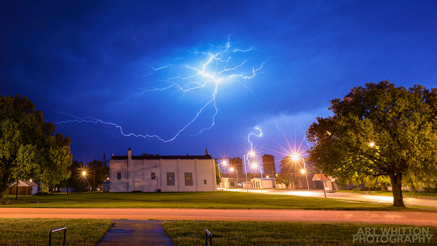 How to Shoot Lightning - an easy guide