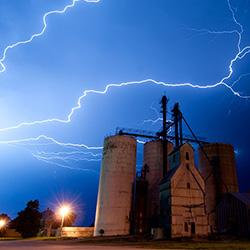 Prairie-skies-art-whitton