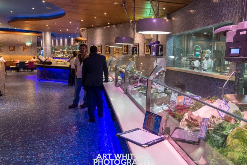 Lwzaar-Seafood-Market-katara-doha-qatar
